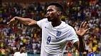 Até que o atancante Sturridge, da Inglaterra, empatou o jogo contra a Itália