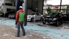 Ao menos dez veículos foram destruídos e quatro agências bancárias, depredadas