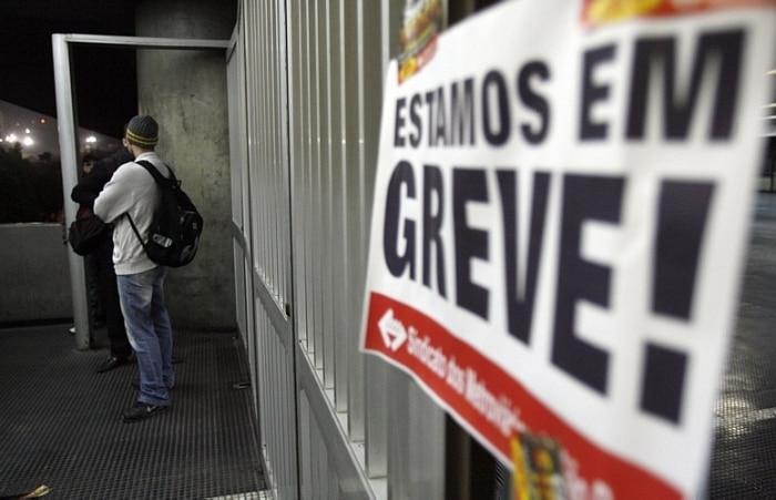 Imagens mostram caos causado por greve dos metroviários de SP