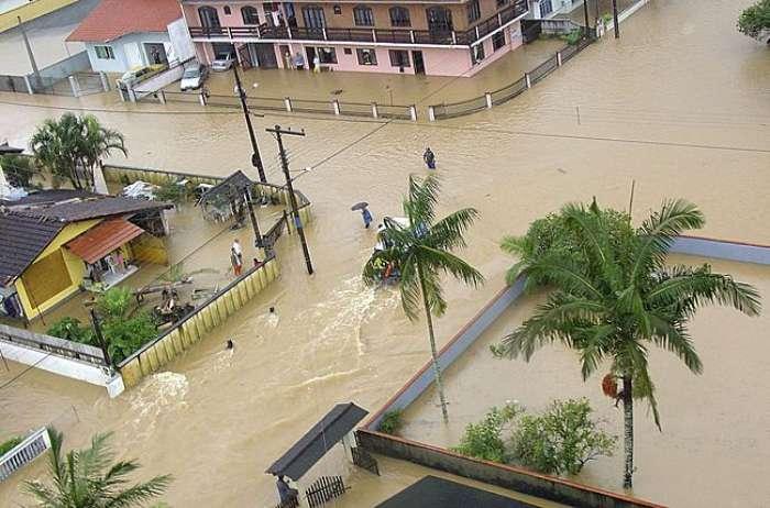 69F1CF0A4EE64208A4400C52D4A6B59A Обильные осадки лишили собственного жилища более 1500000 граждан Колумбии