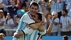 Com o 1 a 0 no placar, a Argentina precisava apenas segurar o resultado pelos dois minutos restantes