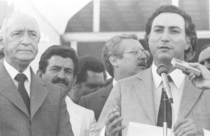 Michel Temer e o então governador de São Paulo, André Franco Montoro, em 26 de outubro de 1986