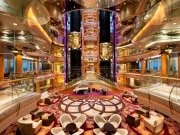 Royal traz o estreante Rhapsody of the Seas