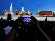 Vai à Tailândia nos próximos dias? Saiba o que muda no país com a morte do rei Bhumibol