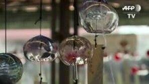 'Sinos de vento' se preparam para calor no Japão