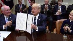 Trump em guerra comercial com o Canadá