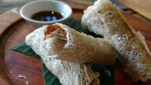 Caldo e especiarias da cozinha local de Hoi An
