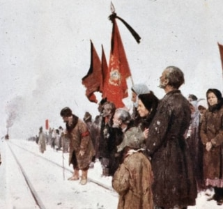 China Miéville fala sobre seu livro em que evoca a Revolução Russa