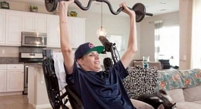 Tetraplégico faz tratamento com células-tronco e recupera movimentos