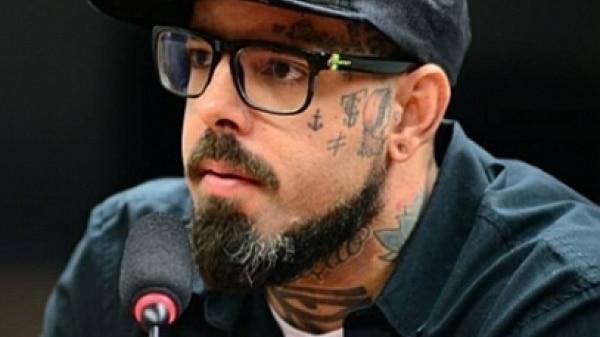 Tico Santa Cruz fala sobre ataque em suas redes sociais