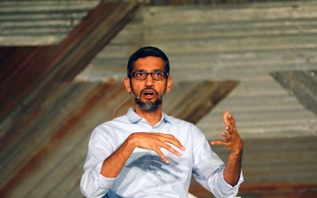 O presidente executivo do Google, Sundar Pichai, fala em uma conferência na Nigéria