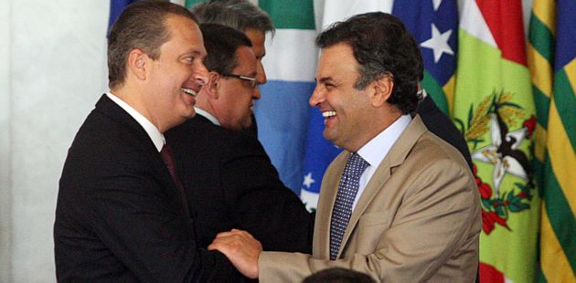 Por CPI da Petrobrás, Aécio e Campos repetem tática eleitoral no Congresso