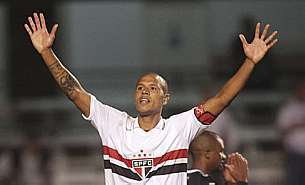 Luis Fabiano rompe sil&ecirc;ncio