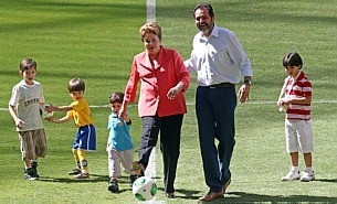 Dilma inaugura Man&eacute; Garrincha