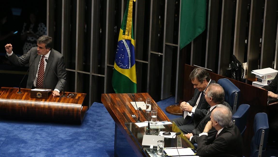 José Eduardo Cardozo fala no Senado - André Dusek/Estadão