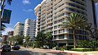 Champlain fica na Collins Avenue entre Miami Beach e Bal Harbour Divulgação