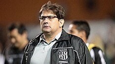 Guto Ferreira, técnico da Ponte Preta - Divulgação