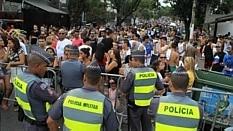 Carnaval lota Vila Madalena e acessos são fechados pela Polícia Militar - Rafael Arbex/Estadão