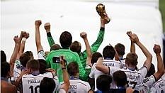 Alemães comemoram quarto título - Fábio Motta/Estadão