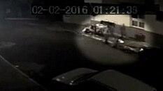 Imagem de câmera de segurança flagrou agressão - Reprodução