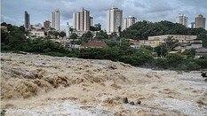 Rio Piracicaba está cheio - Estadão