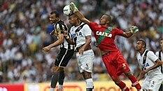 Vasco e Botafogo jogam no Maracanã - Fabio Motta/Estadão