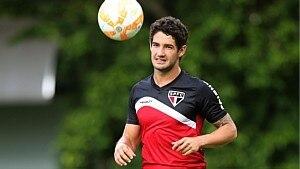 Pato tem contrato de empréstimo com o São Paulo - assa