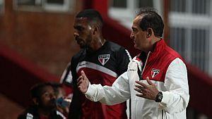 São Paulo enfrenta pressão da torcida na Argentina - Rubens Chiri/Divulgação