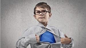 É difícil criar um filho não machista em um mundo machista - Reprodução