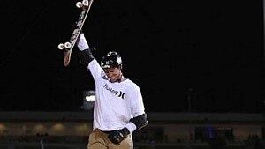 Bob Burnquist conquistou o ouro na final do Big Air(megarampa) nos X Games Austin 2015 mesmo com o braço quebrado - Divulgação