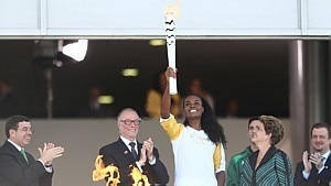 Fabiana Claudino iniciou revezamento da tocha olímpica - Wilton Junior/ Estadão