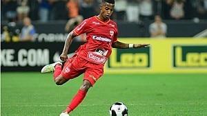 Tchê Tchê marcou um belo gol contra o Corinthians - Divulgação