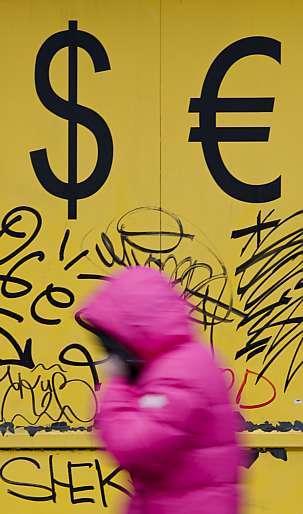 Reuters - Empréstimo externo perde fôlego no 2º tri