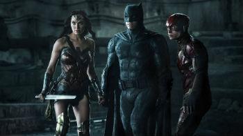 Gal Gadot, Ben Affleck e Ezra Miller em cena de 'Liga da Justiça' Foto: Clay Enos/Warner Bros. Entertainment Inc. via AP