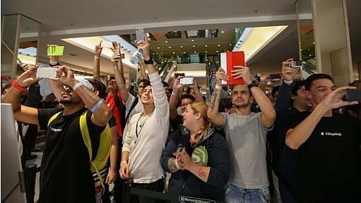 Inauguração da primeira loja da Apple Store em São Paulo - Tiago Queiroz/Estadão