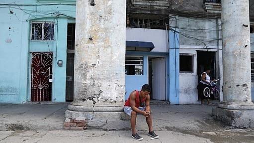 Conectividade na ilha - Desmond Boylan/AP
