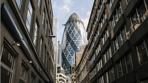 Torre de escritórios conhecida como Gherkin, em Londres, foi comprada pelos Safras por US$ 1,1 bilhão - NYT