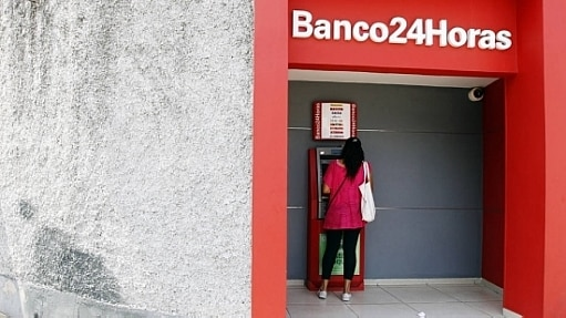 Geralmente o limite do cheque especial já é pré-aprovado pelo banco e acionado automaticamente quando a conta fica negativa - Sérgio Castro/Estadão