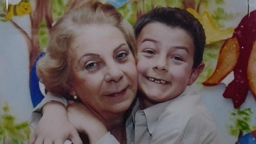 Bernardo e a avó, mãe de Odilaine Uglione - Arquivo pessoal