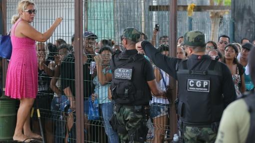 Greve de agentes levou a situação de instabilidade nos presídios; familiares reclamaram - Diário do Nordeste