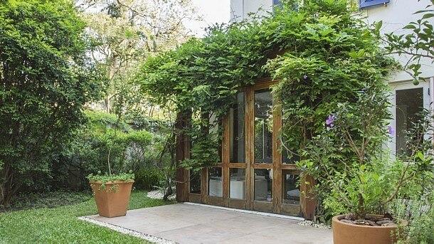 Zeca Wittner - Jardim com projeto da loja de paisagismo Jardineiro Fiel