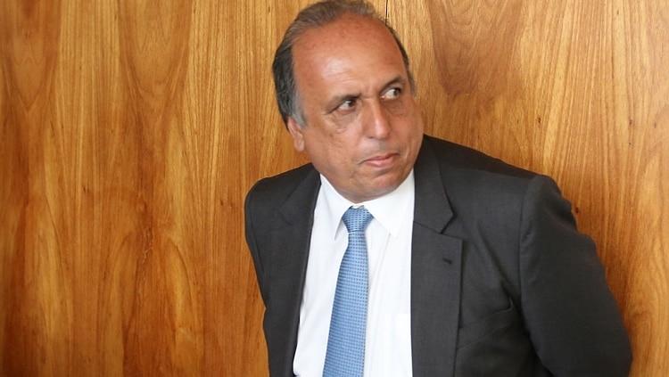Pezão admite que pode não concluir mandato