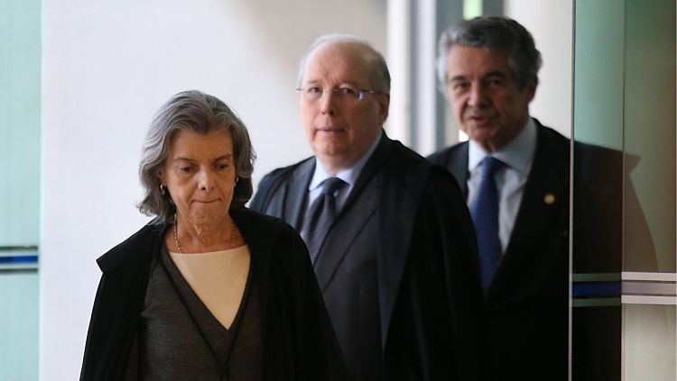 Cármen Lúcia ao lado de Celso de Melo e Marco Aurelio Mello - Dida Sampaio/Estadão