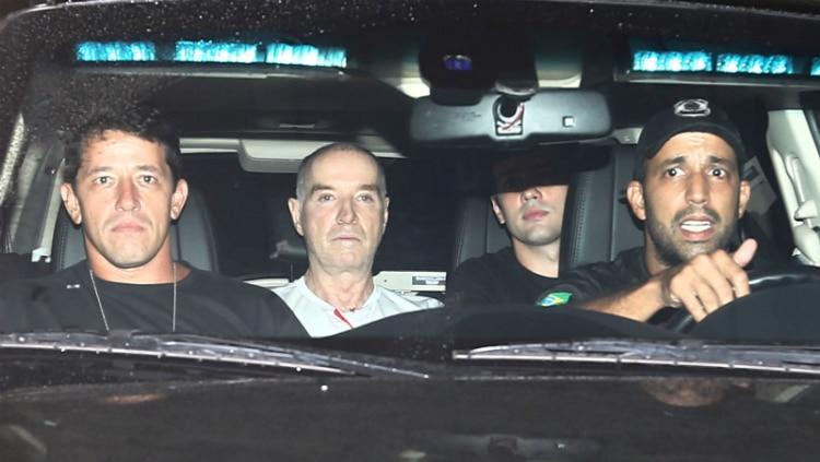 Eike deixa PF após depoimento - Foto: Fábio Motta/Estadão