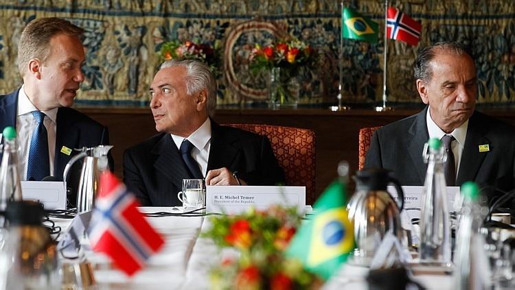 Temer com o ministro norueguês Borge Brende e o chanceler Aloysio Nunes - Beto Barata/PR