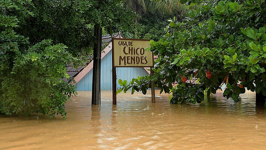 Sérgio Vale/SECOM AC - Casa de Chico Mendes alagada pelas águas do Rio Acre em Xapuri. Foto:Sérgio Vale/SECOM AC
