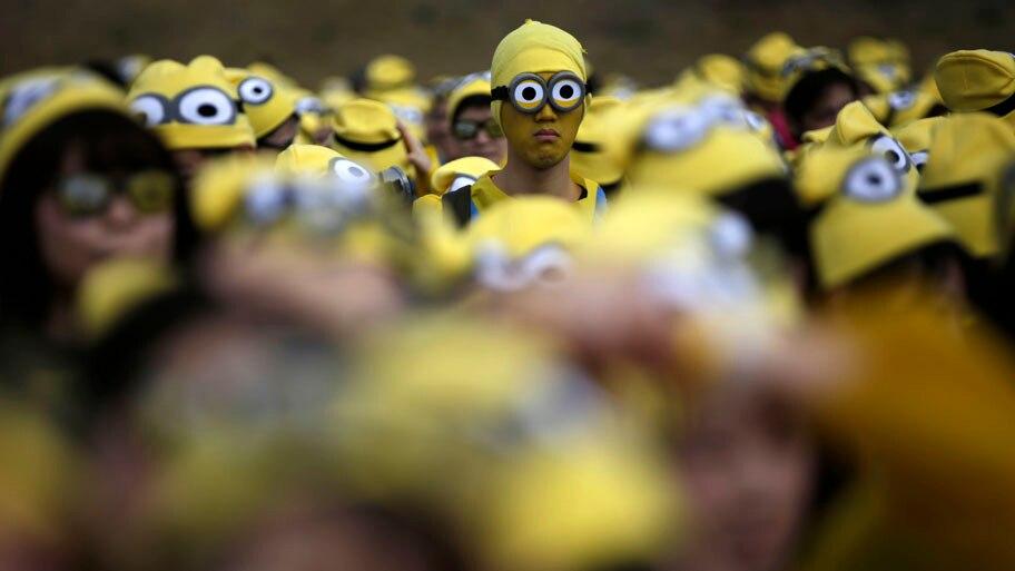 - Mais de 10 mil japoneses participam de evento esportivo que arrecada fundos para instituições de caridade, em Tóquio. Foto: Eugene Hoshiko / AP