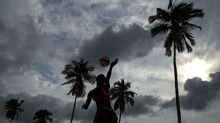 - Lance do FIVB em Camarones Beach, no México. Foto: Miguel Tovar / Getty Images / AFP