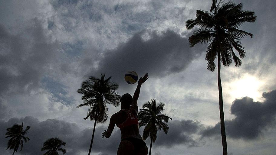 - Lance do FIVB em Camarones Beach, no México. Foto: Miguel Tovar / Getty Images / AFP