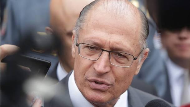 Geraldo Alckmin PSDB/SP pede quebra de sigilo de usuários do Twitter que o criticaram
